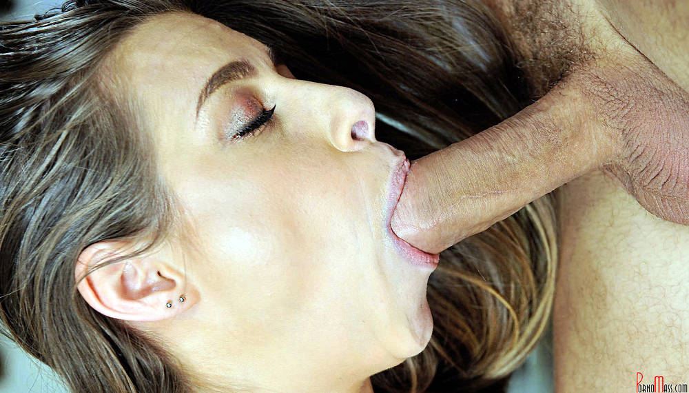 Pretty girl blowjob.